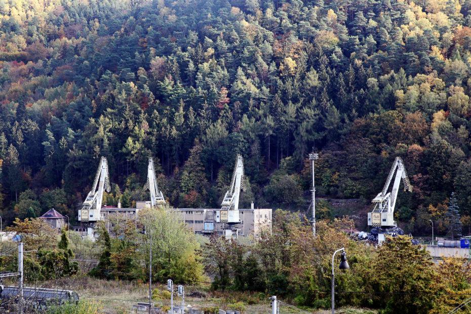 Jeřáby přístavu Děčín Loubí